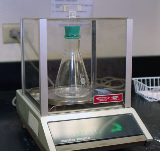 liquid chormatography lab report View lab report - analysis of analgesic tablets by high performance liquid  chromatography post lab from chem 3119 at university of houston analysis of .